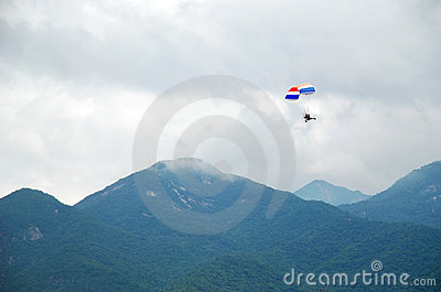 Powered parachute and mountains