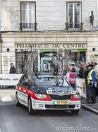 Prólogo automotriz 2013 de París del equipo de Radio Shack Niza en Houilles Foto de archivo editorial