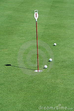 Free Practice Putting Green With Golf Balls Royalty Free Stock Photo - 6216255