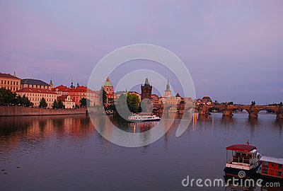 Prag at dusk, charles bridge
