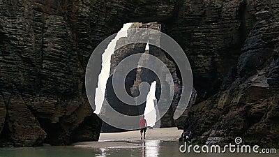Praia或Playa de las Catedrais Cathedral Beach,西班牙Ribadeo 影视素材