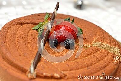 Praline mousse cake