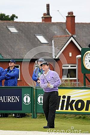 Pratique en matière ouverte du golf 2012 de 9ème té de Tom Watson ronde Image éditorial