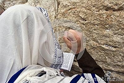 Praying hassid