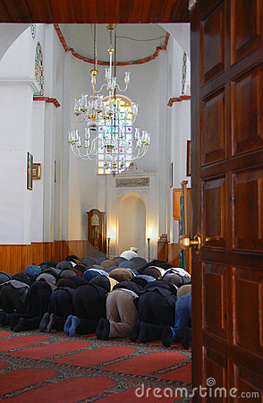 Praying Muslim men