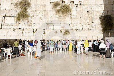 Praying women and tourists near Jerusalem wall Editorial Stock Image