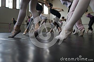 Práctica de la danza del ballet