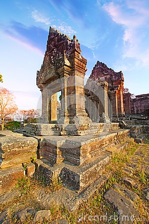 Free Preah Vihear Temple Is Located In A Pleasant Environment With An Attractive Countryside Slightly East Of The Mid Section Of The Do Stock Images - 119556004