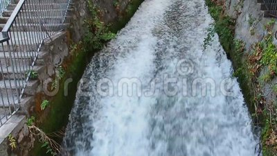 Prefectura de EÎ'εσσα Pella de las cascadas de Edessa, Macedonia, Grecia almacen de metraje de vídeo