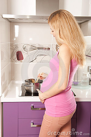 Pregnant cooking