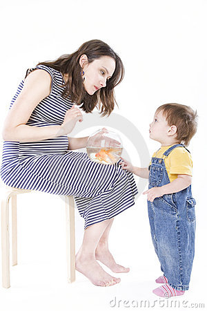 Pregnant woman with aquarium