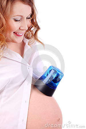 Pregnant woman puts blue flasher on belly