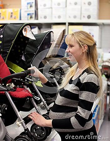 Pregnant woman shoping