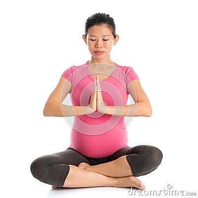 prenatal-yoga-meditation-pregnancy-class