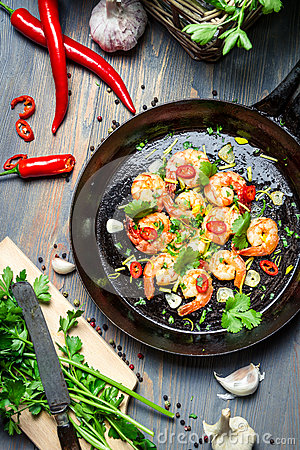 Free Preparation For Cooking Shrimps With Herbs Stock Images - 29452994