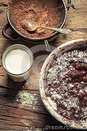Free Preparations For Making Homemade Chocolate Stock Photos - 30252243