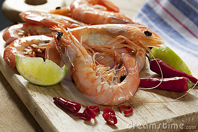 Preparing King Prawns