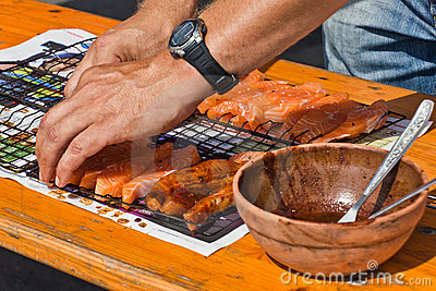 Preparing salmon for BBQ