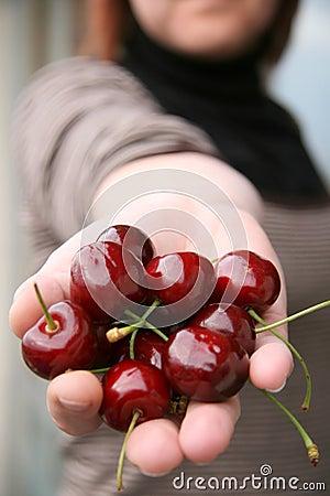 Presenting cherries