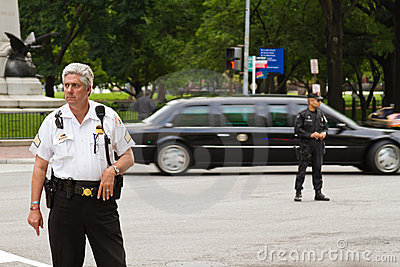 Presidential limo and police Editorial Image