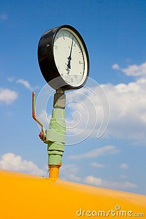 Pressure of gas