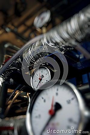 Pressure meters