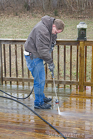 Pressure washing deck