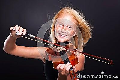 Preteen girl violin