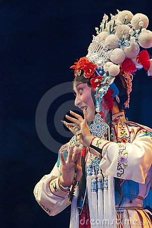 Pretty chinese opera actress Editorial Stock Photo