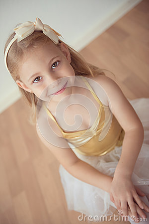 Free Pretty Diligent Ballet Girl Sitting In White Tutu At Dance Studi Royalty Free Stock Photography - 78382747