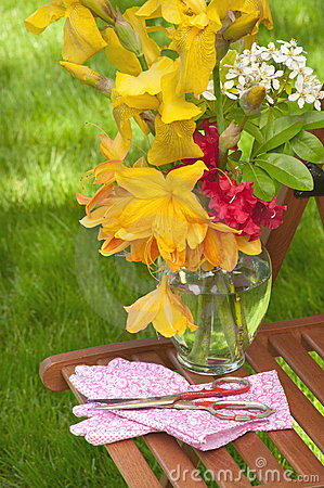 Pretty Flowers Freshly Cut From Garden Royalty Free Stock Image - Image: 20467266