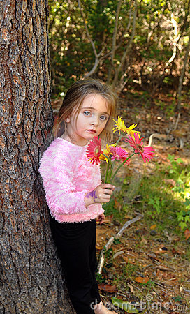 Free Pretty Girl With Flowers Royalty Free Stock Images - 1417949