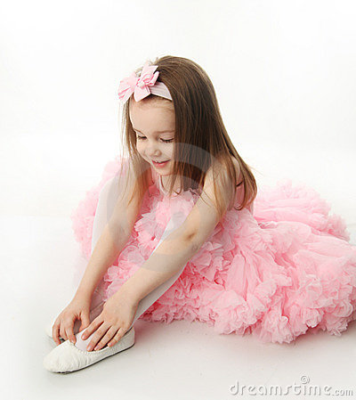 Free Pretty Preschool Ballerina Royalty Free Stock Photography - 18803507