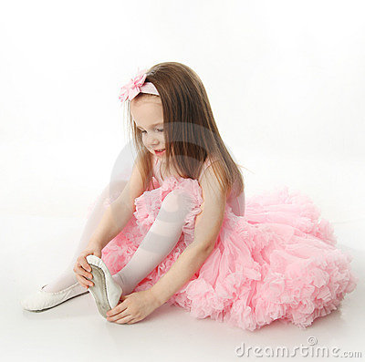 Free Pretty Preschool Ballerina Royalty Free Stock Images - 18803579