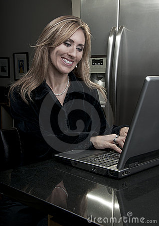 Pretty Woman on Computer