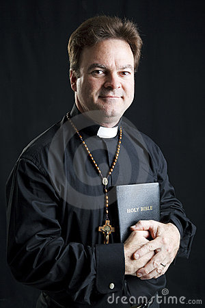 Free Priest With Rosary And Bible Stock Photography - 17798732