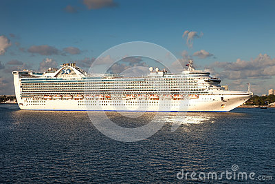 Best Cruise Deals For Summer Waves Princess Cruise Lines
