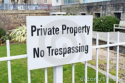 Privat egenskap inget inkräkta