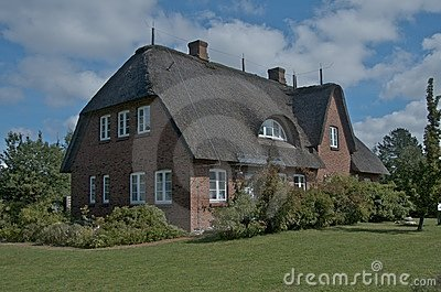 Private Thatched-roof House Stock Images - Image: 20911964