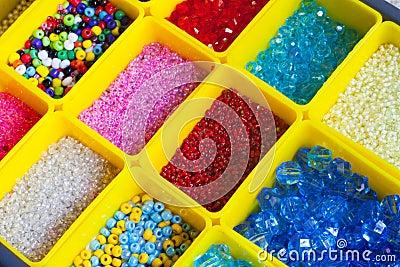 Pärlor i askar