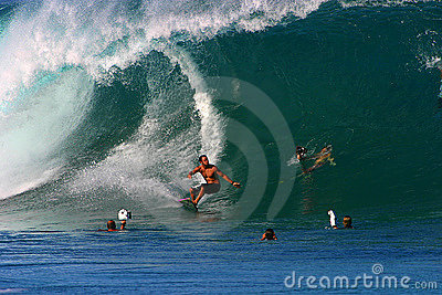 Pro Surfer Shane Dorian Surfing at Pipeline Editorial Stock Image