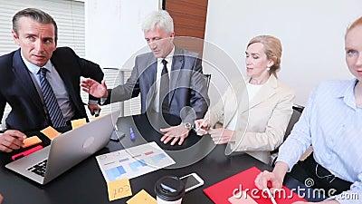 Processo de trabalho na reuni?o de neg?cios filme