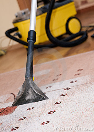 Free Professional Carpet Cleaning Royalty Free Stock Images - 13117999