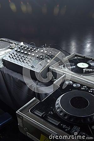 Free Professional DJ Gear Royalty Free Stock Photos - 493898