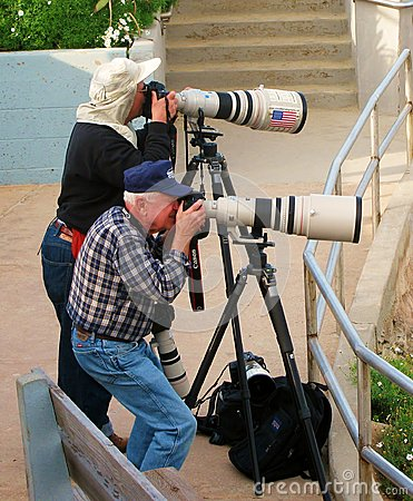 Free Professional Photographers Take Photos With Big Cameras. Royalty Free Stock Photo - 70426645