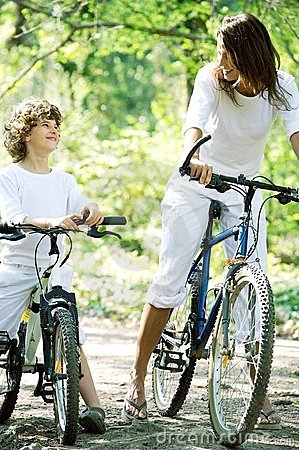 Promenade à vélo en  foret