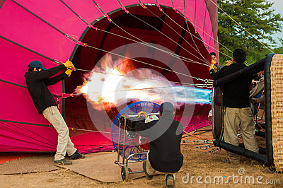 Proper training to fly a balloon Editorial Photography