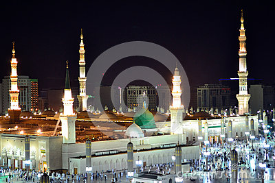 Prophet s Mosque green dome at night
