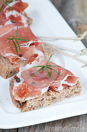 Prosciutto and bread