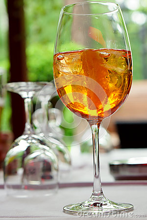 Prosecco aperol on ice